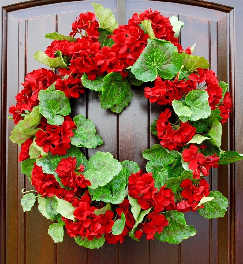 Red Geranium Wreathsummer Wreathfront Door Wreathwreaths Etsy