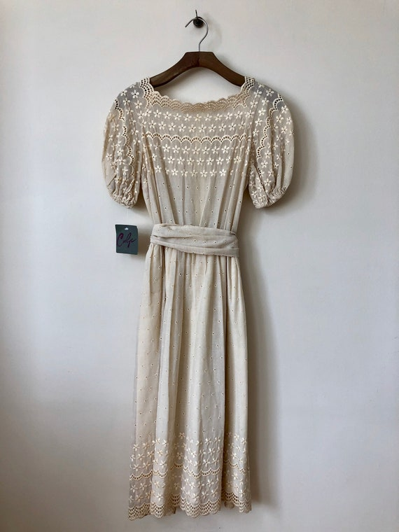 1970s cream scalloped eyelet dress with floral emb