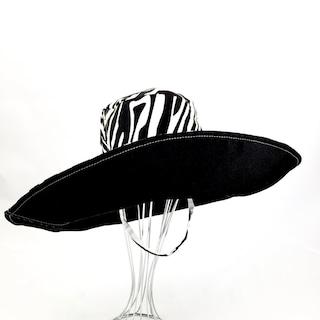 XL Brim Sunhat. Reversible. Foldable. Washable. Black Canvas. Zebra Print. FREE SHIPPING.