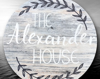 Round wood house sign, personalized Family Name Sign, wooden last name sign