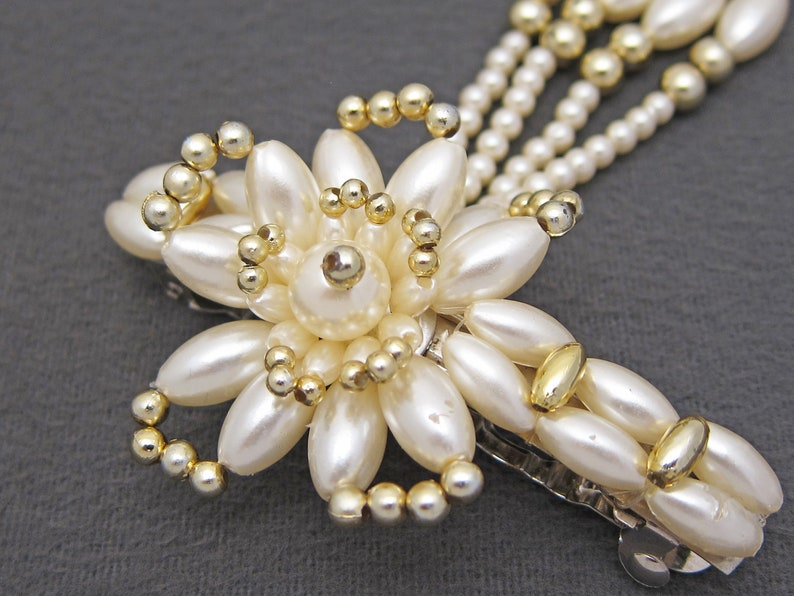 3.1 white /& gold plastic pearl beaded FLORAL barrette w dangles automatic clasp LARGE 1980/'s vintage faux pearl hair clip