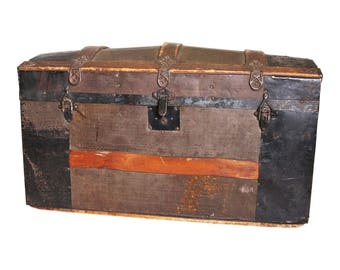 Vintage CAMELBACK TRUNK Storage Chest Steamer Train Luggage Antique Toy Box  Wood Tin Dome Top Camel Hump Rustic Primitive Wooden Humpback 76