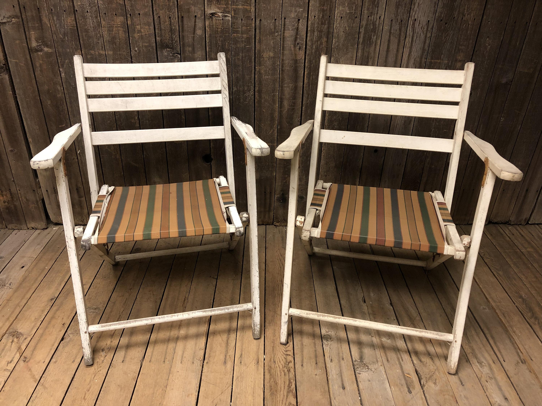 2 Vintage Wooden Folding Chair Set Lot Mid Century Modern Beach Patio Wedding White Bistro Wood 50s 60s Country Porch Pair Garden