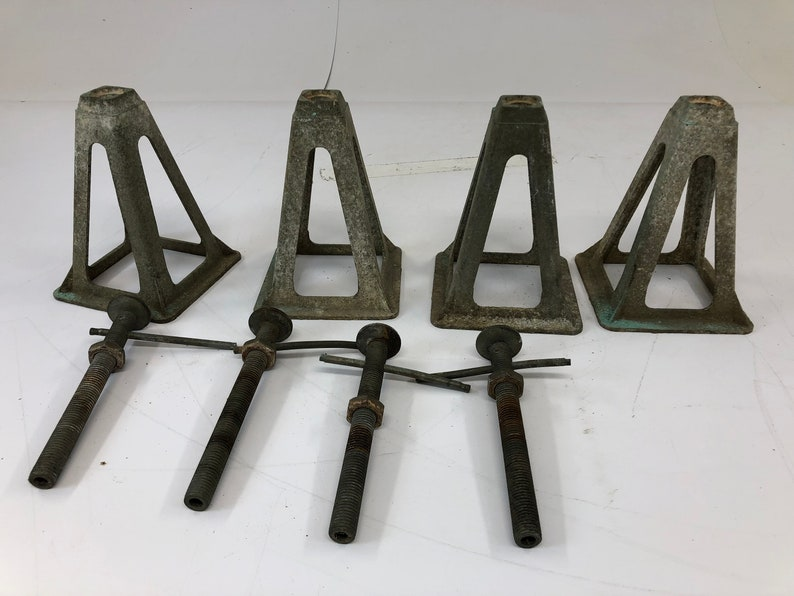 4 Vintage JACK STAND SET rv travel trailer camper stabilizer aluiminum  leveling industrial architectual salvage short mid century country
