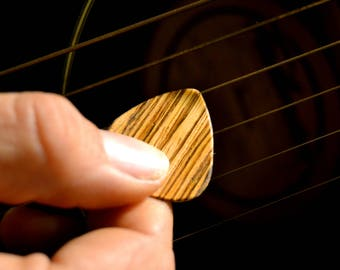 Mixed Wood Pick-Plectrum