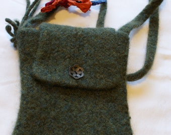 Green felted bag
