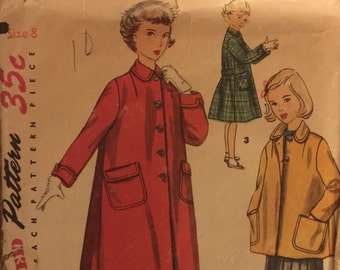 "VTG 4418 Simplicity (1953).  Girl's coat in 2 lengths.  Girl's Size 8, Breast 26"".  Complete, unused, FF. Excellent condition."