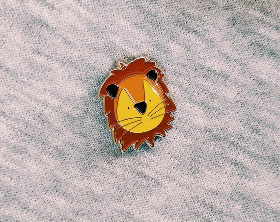 Sweet Lion - Enamel Pin