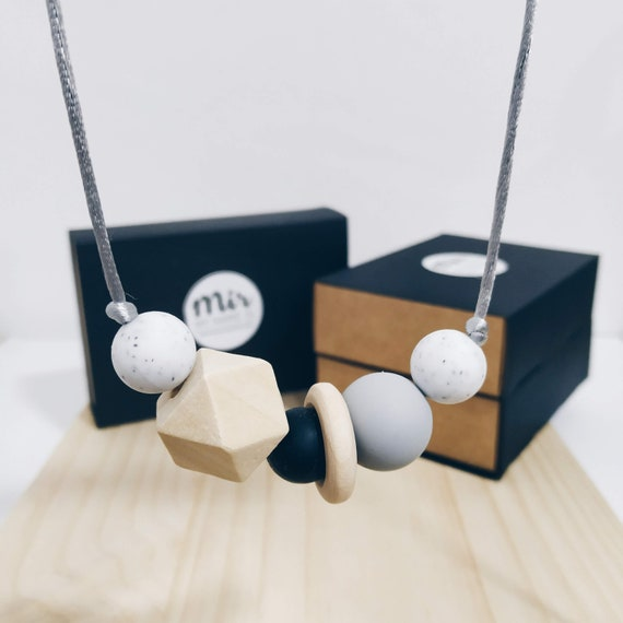 Teething Necklace - Mila