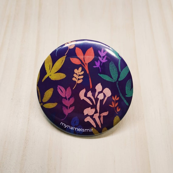 Burgundy Flowers - Magnet bottle opener for the fridge / Mirror / Badge
