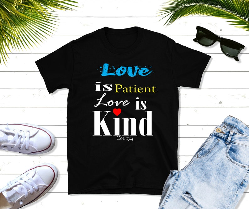 Love Is Patient Love is Kind Short-Sleeve gift T-Shirt image 0