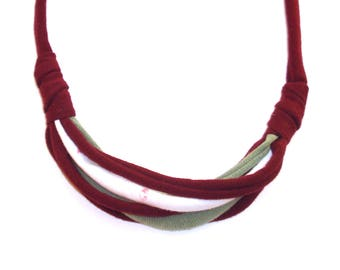 Necklace - Burgundy, sage green and white - Handmade & upcycled - Recycled fabric - Perfect for maternity / breastfeeding