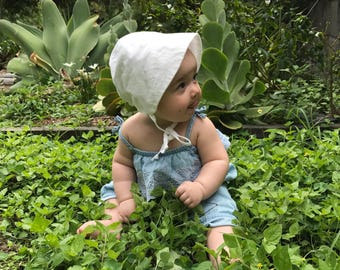 Baby Bonnet Newborn Bonnet Baby Bonnets Sun Hat Newborn Bonnets Baby Bonnets Beach Hat Sun Hats Baby Hat White Baby Shower Gift Bonnet