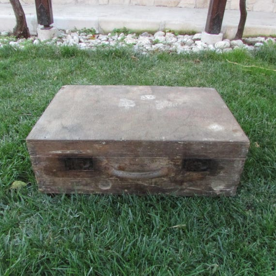 Old wooden suitcase - Vintage wooden suitcase - An