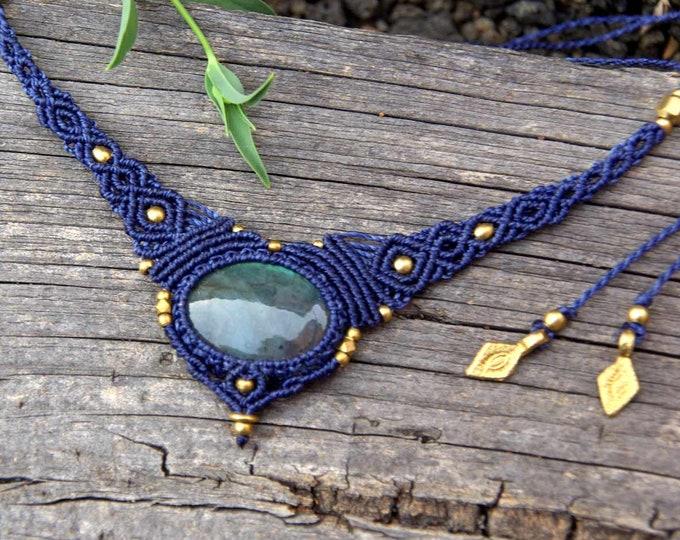 Macrame Necklace Mod. Susana, with precious LABRADORITE, fairy necklace, goddess jewelry, nickel free, talisman yoga, amulet stone, brass