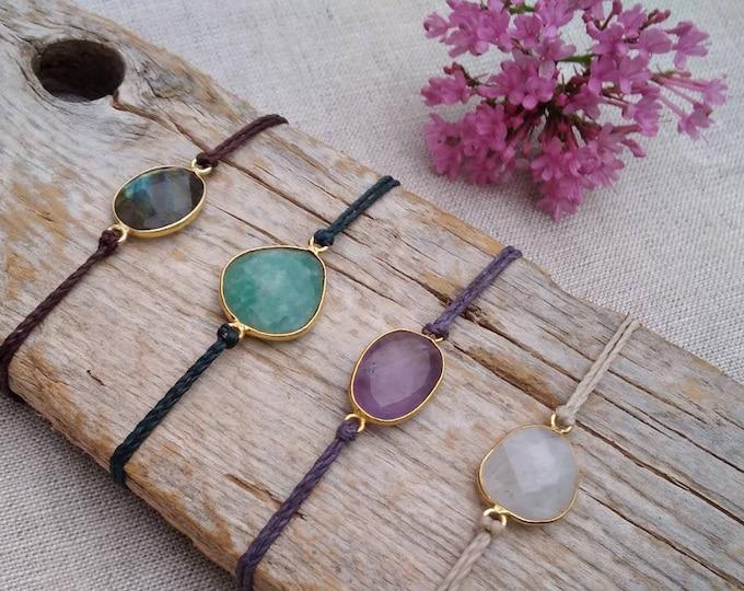 Mod. Carmen bracelet, with brass, natural stone, labradorite, amazonite, amethyst, moonstone, nickel free, water resistant,