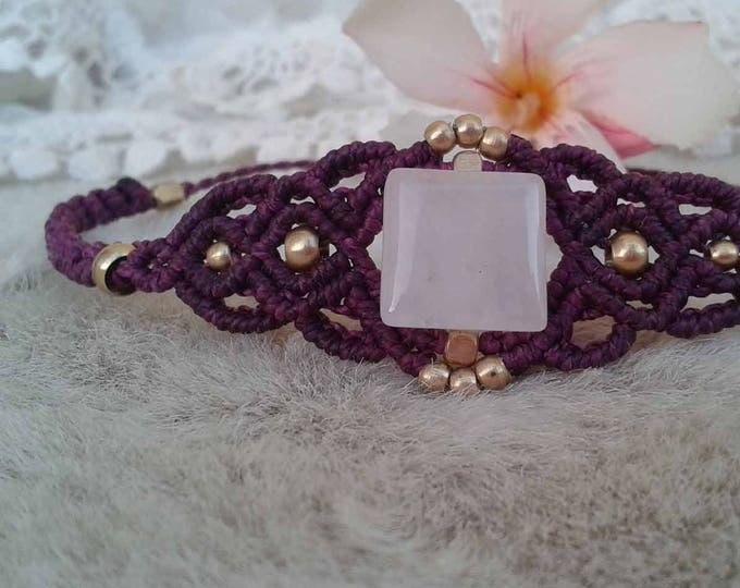 Macrame Bracelet with rose quartz, adjustable bracelet, cord bracelet, brass balls, nickel free, water resistant, fairy bracelet