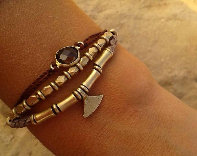 Brass and macrame bracelet, adjustable, choose your color, boho jewelry, wabi sabi macrame art, brass bracelet, free nickel, free shipping
