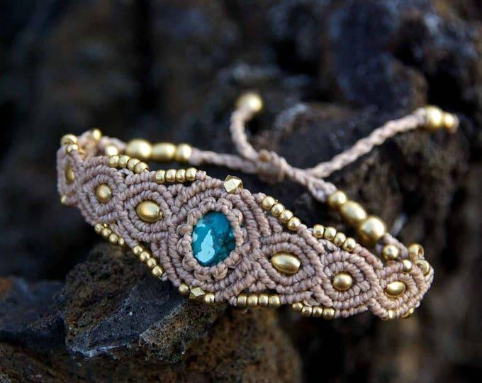 Bracelet macramé Mod.MARIA with turquoise, in beig thread, natural stone, fairy bracelet, bracelet brass, nickel free, yoga stone, talisman