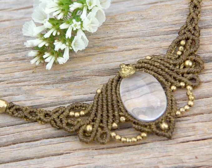 Macrame Necklace Mod. Elena, necklace of QUARTZ CRYSTAL, fairy necklace, goddess jewelry, necklace brass, nickel free, spiritual jewelry