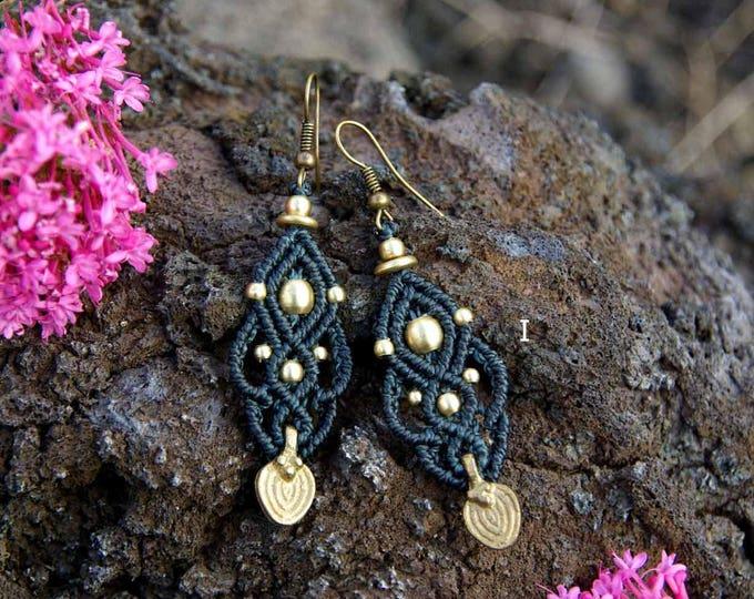 Macramé Earrings Mod. Maitane, 10 colors , brass earrings, tribal earrings, fairy jewelry, elegant macrame, nickel free, fairy earrings