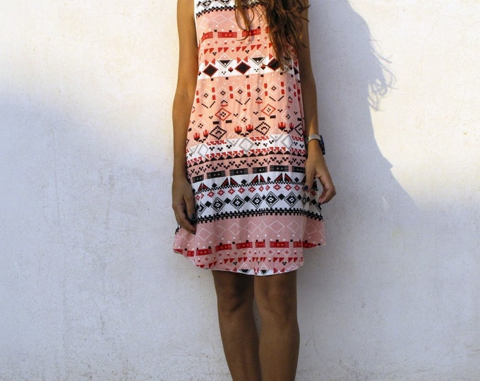 31 Beach Street | Pink Tetris | Après-surf Beachwear Dress | On Sale