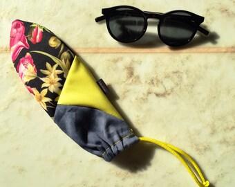 Sunglasses Pouch   Wallet   Multi-purpose Case aka kauskaki minions