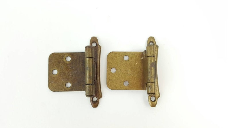 Amerock 1960s Cabinet Hinges Burnished Brass Self Close Rustic Kitchen Deco  Weathered Patina Primitive Chic Farmhouse Decorative Face Mount