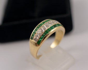 Emerald & Diamond Statement Dress Ring 18k Gold Vintage Emerald Rings Fine Quality Pre Owned Rings Ladies Cocktail Ring Vintage Jewellery