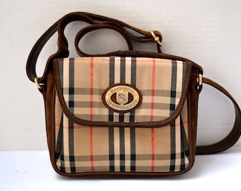 FREE Ship Burberrys Vintage Authentic Crossbody Messenger Small Bag Handbag  Purse Nova Haymarket Check Canvas Beige e0a2c77e4ddea