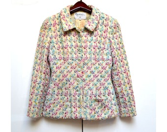 ff353f4a372c Free Ship Chanel 95P Authentic Vintage Jacket Blazer UK 10   FR 38   US 6  Tweed Beige with Multicolour Accents