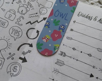 Pair of bookmarks magnetic loving OWL owls