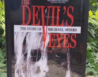 Halloween - The Devils Eyes - Wood stash box