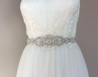 Beautiful bridal sash, crystal bridal belt, wedding dress sash, wedding dress belt