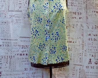70's Cute yellow blue vintage sleeveless button down shirt
