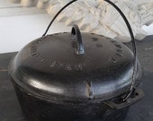 Vintage cast iron griswold dutch oven pot kitchenwares collectible griswold Wagner ware 8