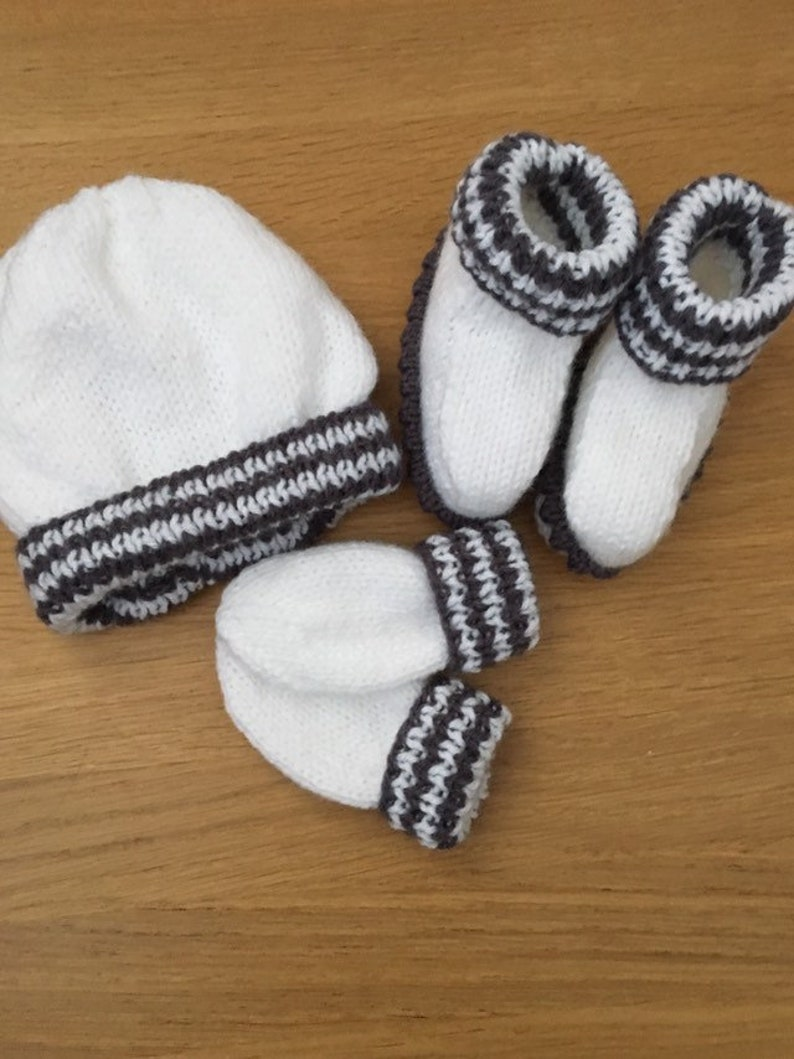 905c098b6ce White baby hat mittens and booties white and grey baby