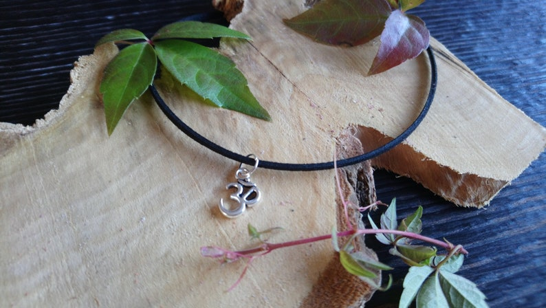 12-15 Handmade black choker necklace with a Tibetan silver /'Om/' symbol charm