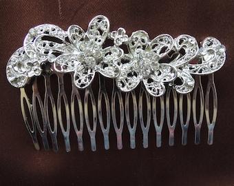 Filigree Rhinestone Flower Hair Comb Vintage 1960s