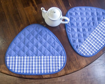 Table mats set, quilted  placemats for round table
