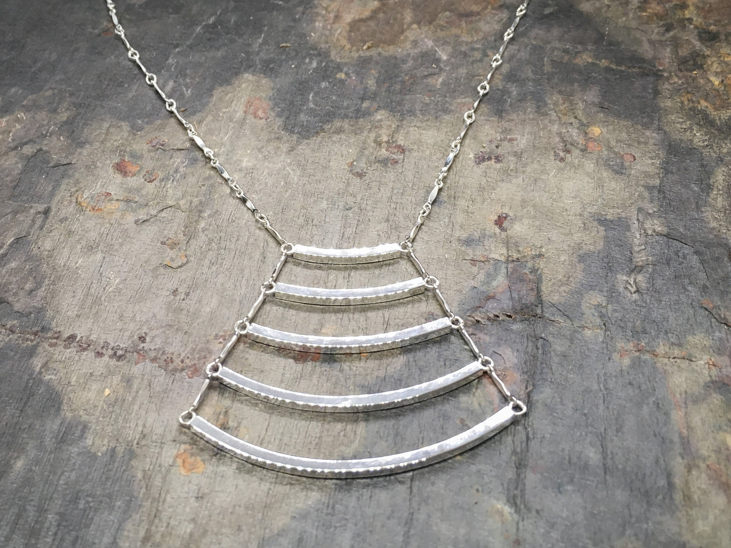 Minimalist Wave Necklace in solid Sterling Silver - Fine jewelry for anniversary gift, gift for mom, birthday gift or gift for girlfriend.