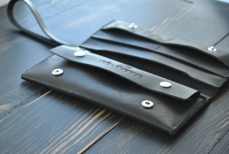 Wrist band.iPhone Wallet Case.Leather iPhone case Wallet Wallet PERSONALIZED Wristlet clutch Personalized gift Leather clutch with strap