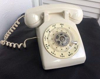 Vintage Rotary Landline Phone, Desktop Telephone, Landline Telephone w/Handset and Cord