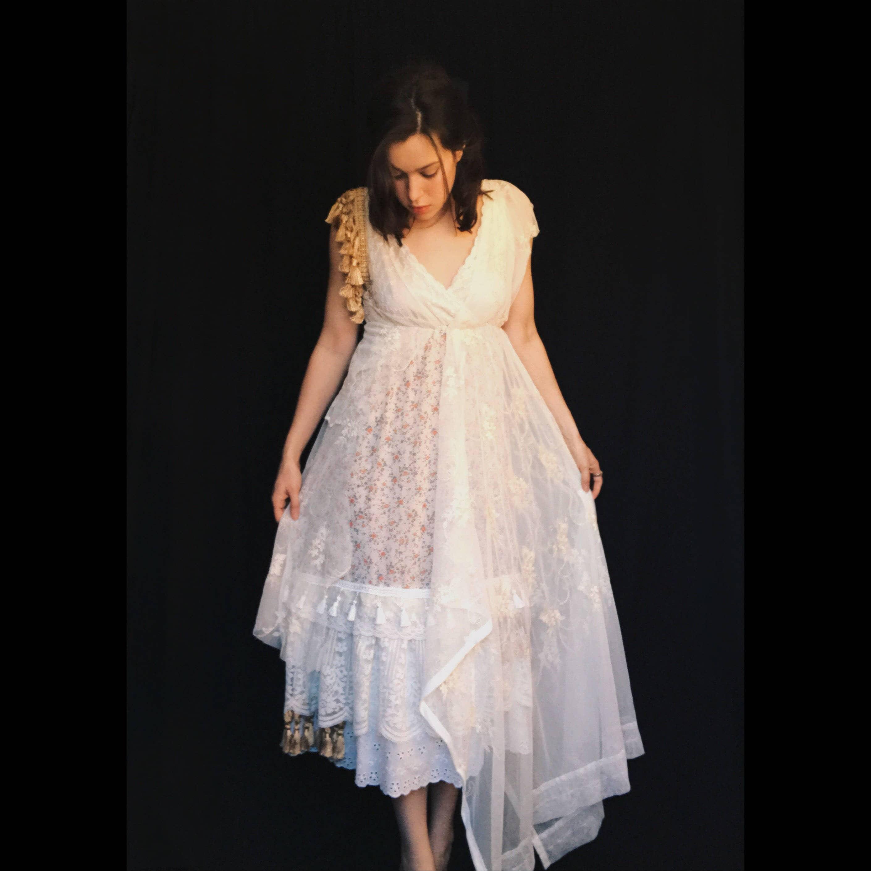 50: Gold Gypsy Wedding Dresses At Reisefeber.org