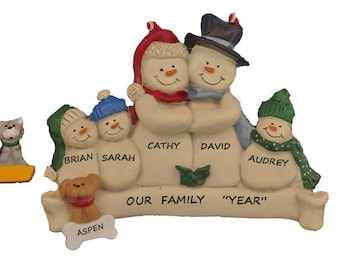 Family of 5 Personalized Snow Family Christmas Ornament with Dog or Cat - Family of 5 Personalized Ornament with Custom  Pet Added