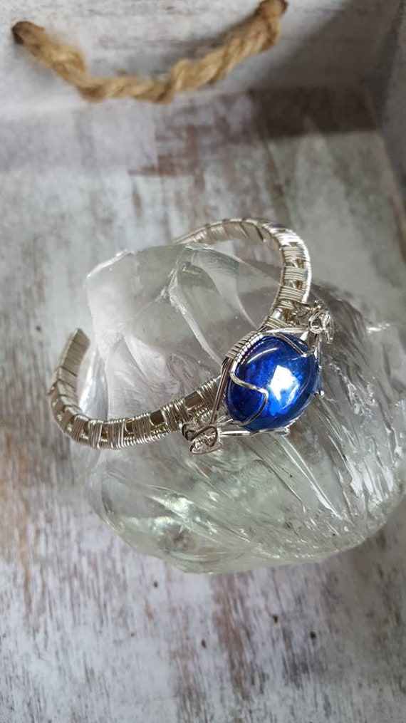 925 Silver Cuff Bracelet, Wire Wrapped, Cobalt Blue Glass Cabochon