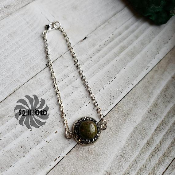 Green Jasper and Rhinestone Pendant Bracelet.
