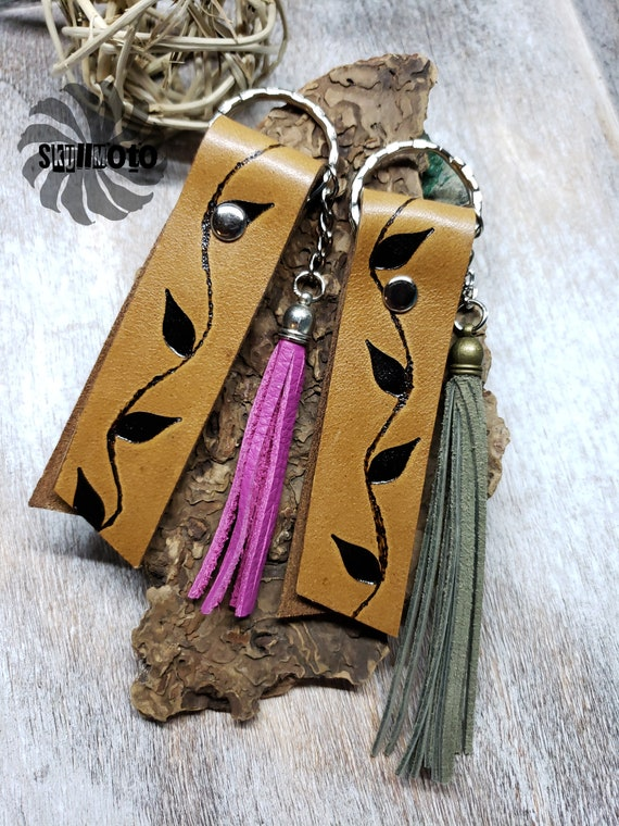 Pyrography Ivy Keychain, Key Fob with Tassel