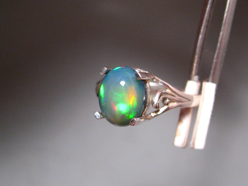 Solid Welo Gem Opal Ring sterling silver SIZE 7 12 3-Dimensional High Dome