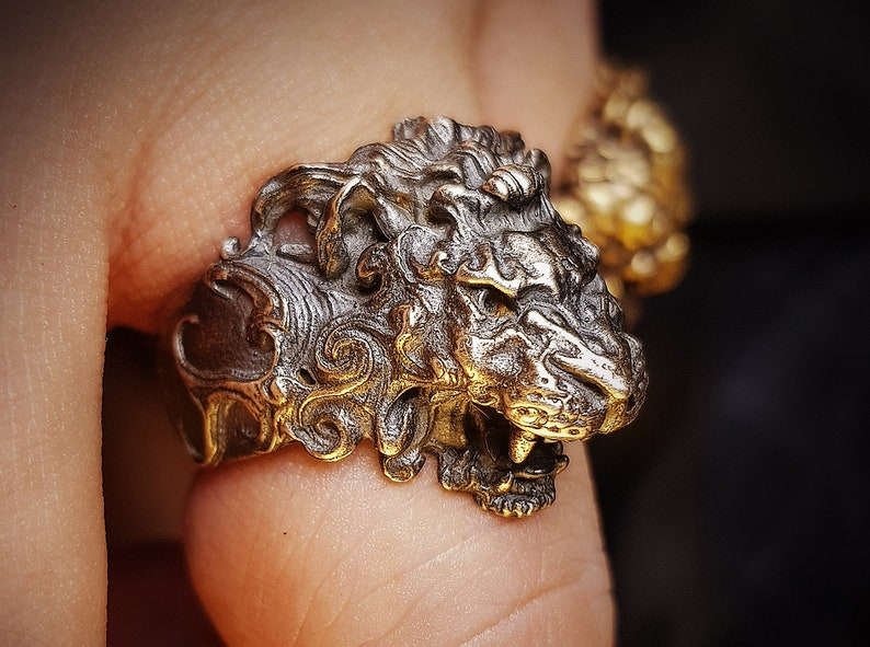 a341eba79171a Majestic Roaring Alpha Male Lion Head Silver Ring